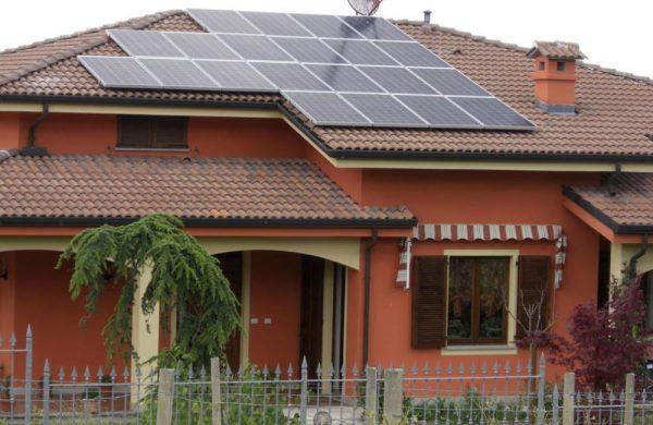 Castiglione-Tinella-Biotech-Energia-Fotovoltaico-Icardi-3-1-thumb